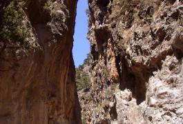 Οι Σιδερόπορτες στο Φαράγγι της Σαμαριάς
